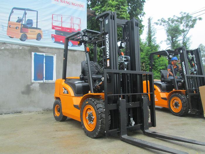 Xe nâng dầu 3 .5 tấn HangCha động cơ Isuzu