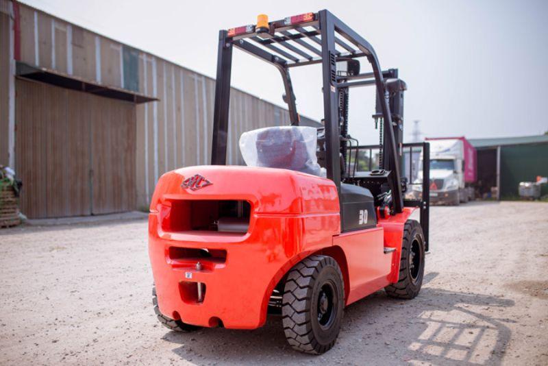 Xe nâng dầu 3 tấn Hangcha động cơ XinChai