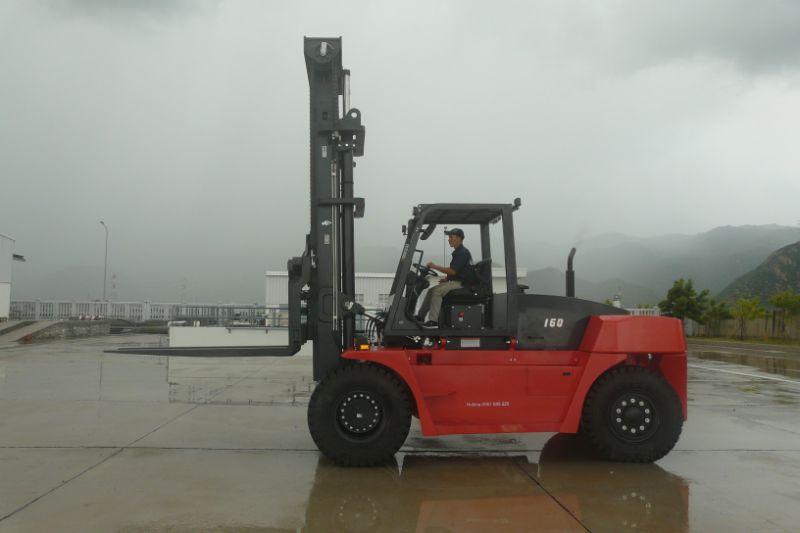 Xe nâng 16 tấn nâng hàng khối lượng lớn