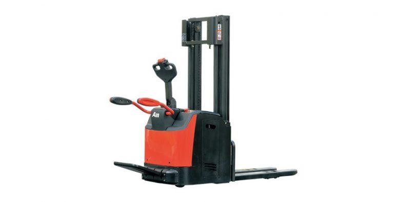Xe nâng tay điện cao 2 tấn (pallet stacker) HangCha