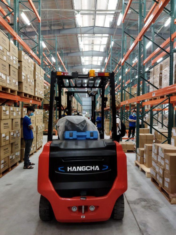 Xe nâng điện 2.5 tấn Hangcha