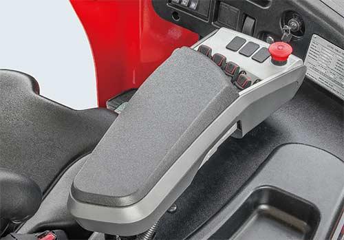 Ghế ngồi Grammer tích hợp hệ thống điều khiển bằng ngón tay trên tay vịn (Grammer fingertip system)