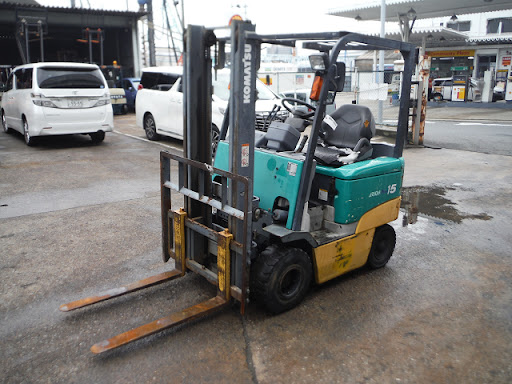 Xe nâng điện 1.5 tấn Komatsu đã qua sử dụng được nhập về Việt Nam